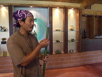 名间乡雕塑文化区的魔法师 王松冠与田野风情